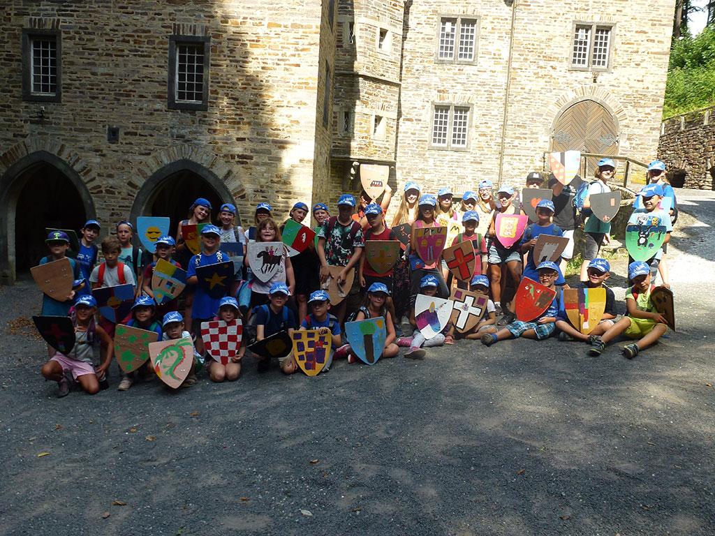 Indianer, Ritter Und Nachwuchsforscher Tagesfahrten In Den Sommerferien Kinderferienwerk Feiert 55. Jubiläum